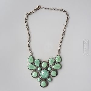 MODCLOTH green stone statement necklace